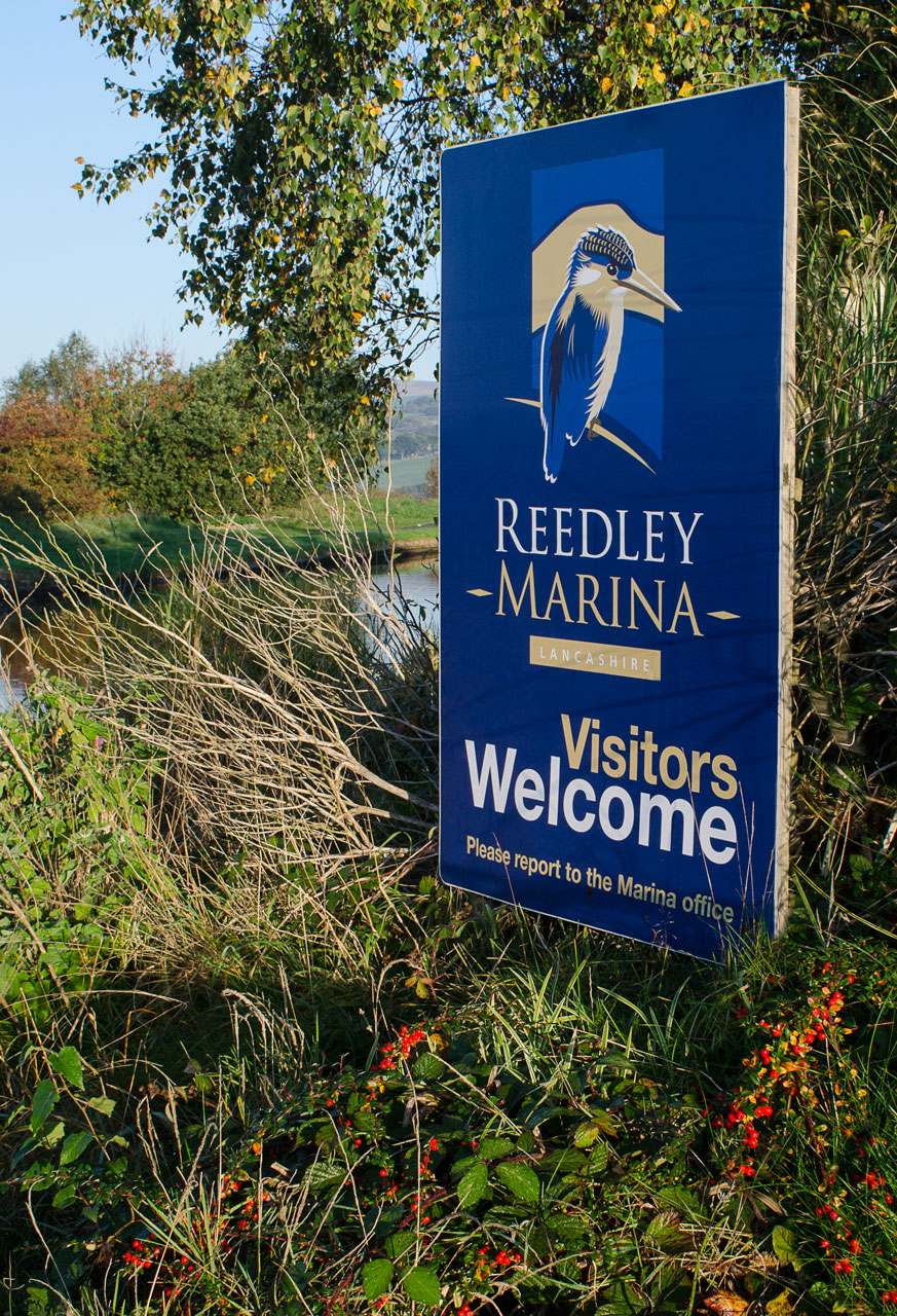 reedley marina sign